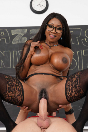 Professor Diamond Jackson suck & fuck student's white prick