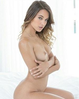 Uma Jolie