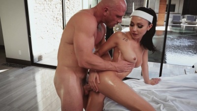 Ariana marie gives the groom last fuck before his wedding