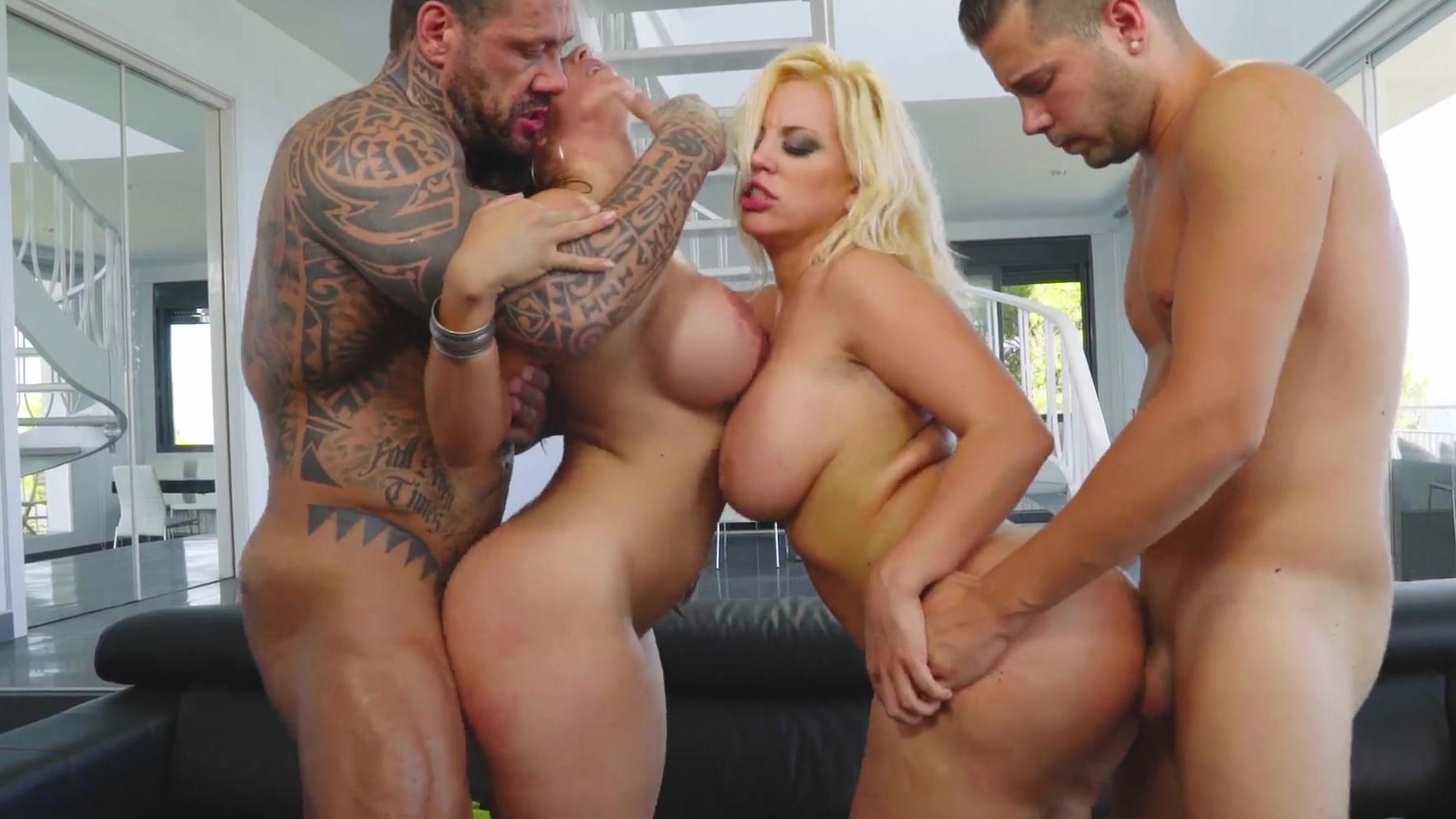Amateur Big Tits Big Dick