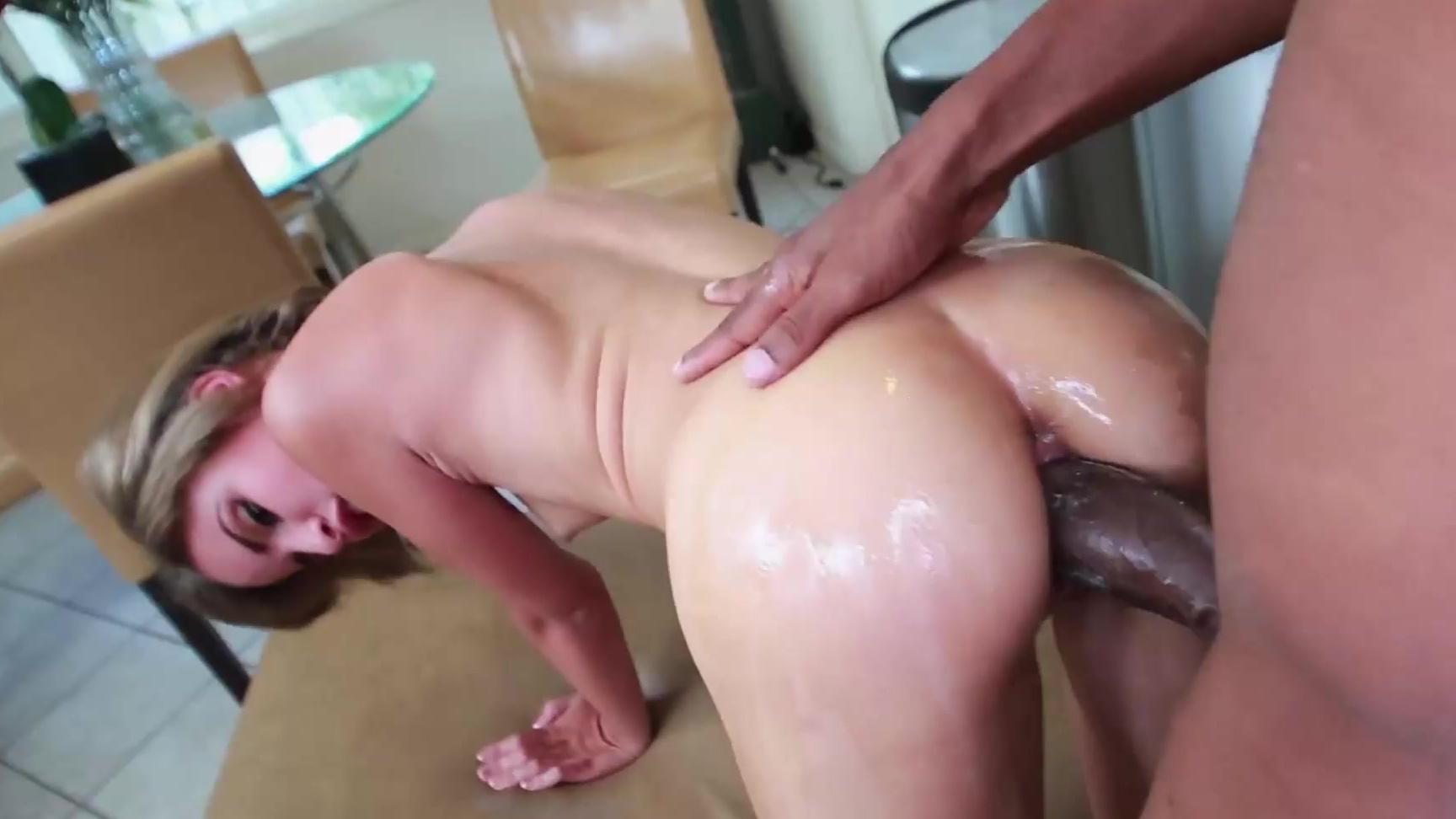 Porn Clip Size difference interracial porn