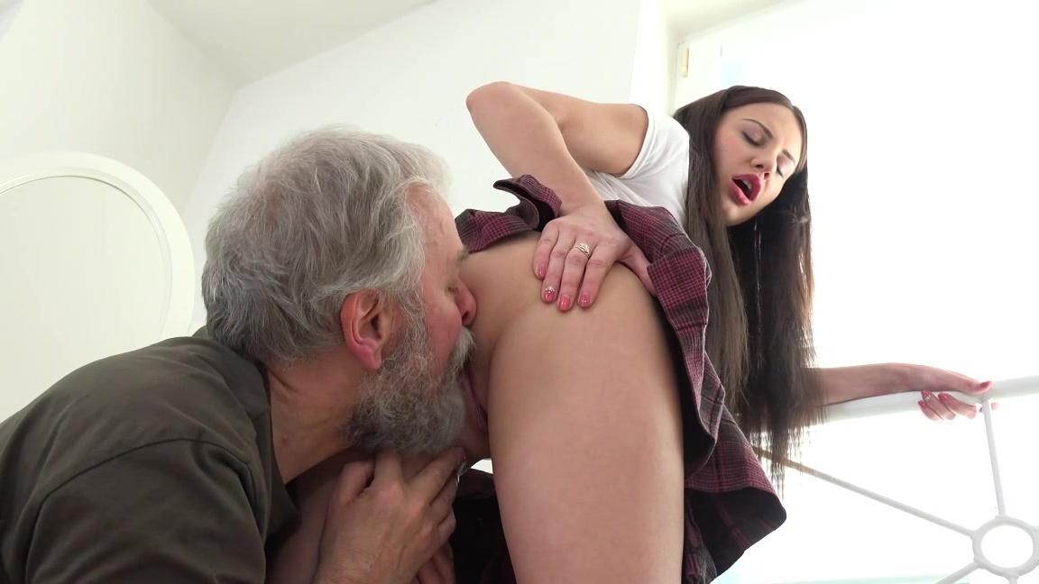 Amazing beautiful girls get fucked