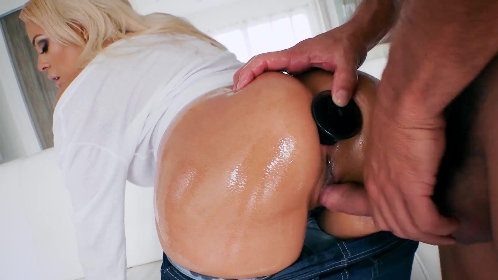 luna star's big booty got oiled for a butt plug & fucked till got