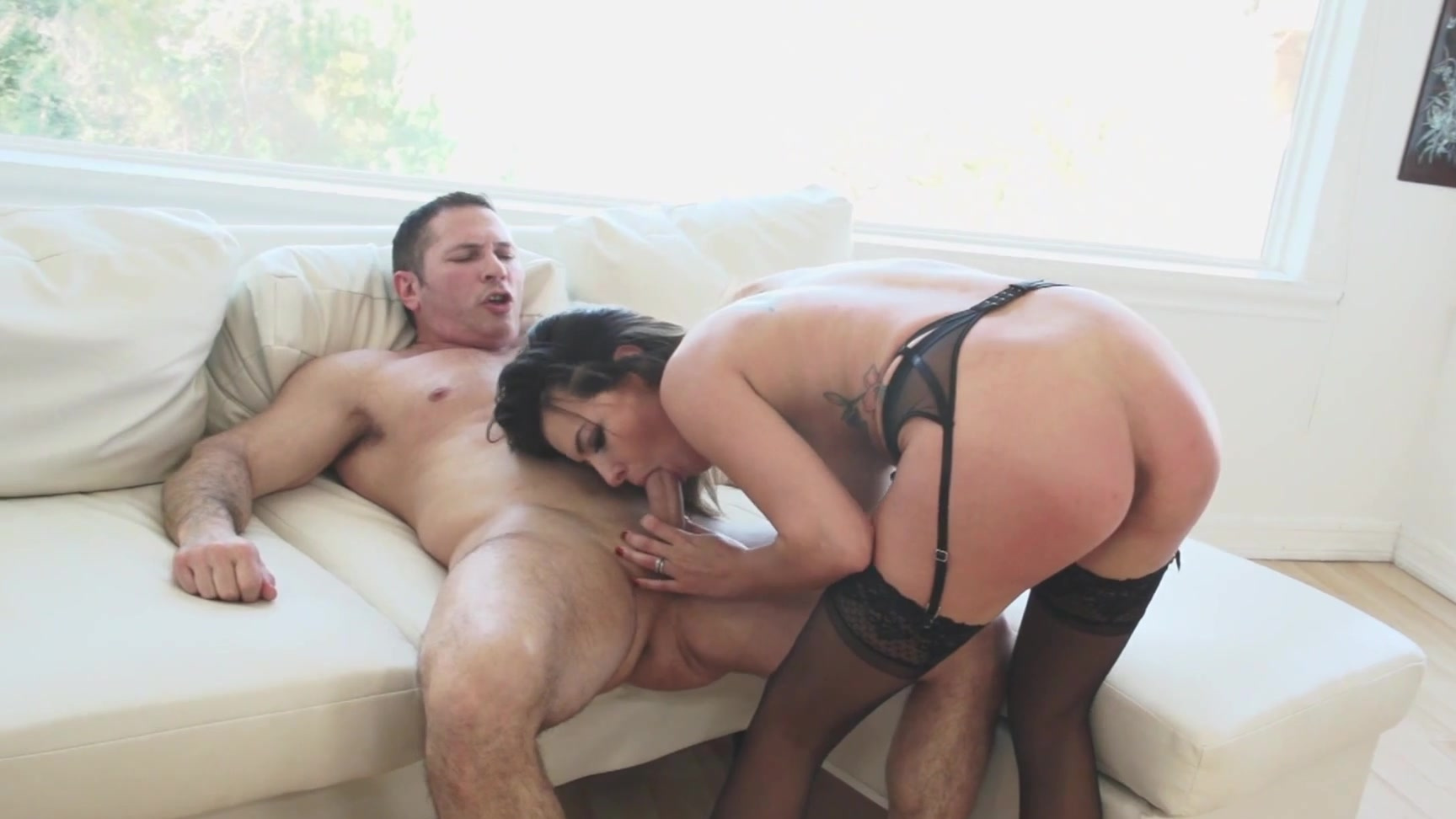 Adult Pictures Trib sex fight threesome catfight
