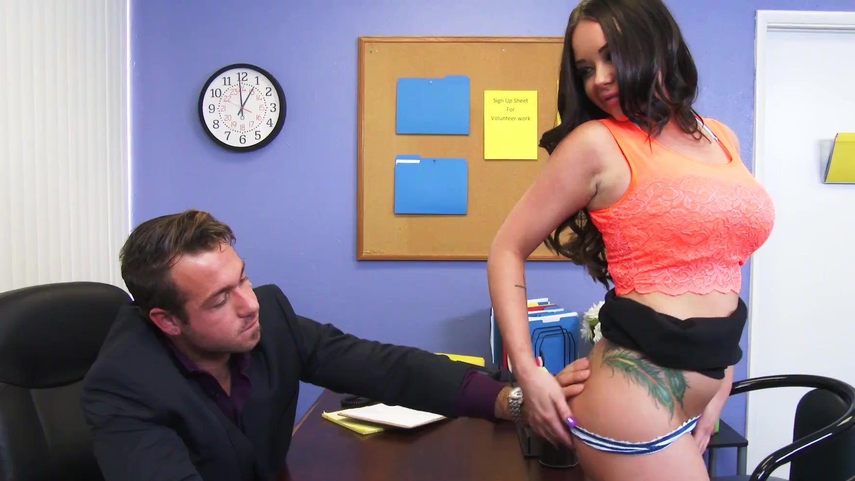 enjoy sergio valen penetrates the ass only requirements are