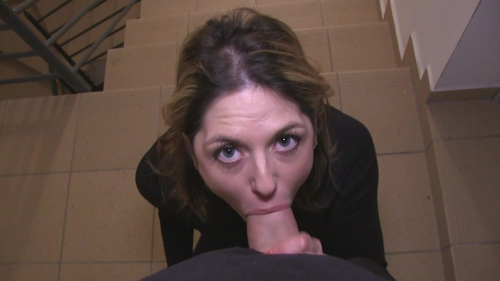 French babe Rachel Adjani gives bj and gets fucked in pov in a stairwell