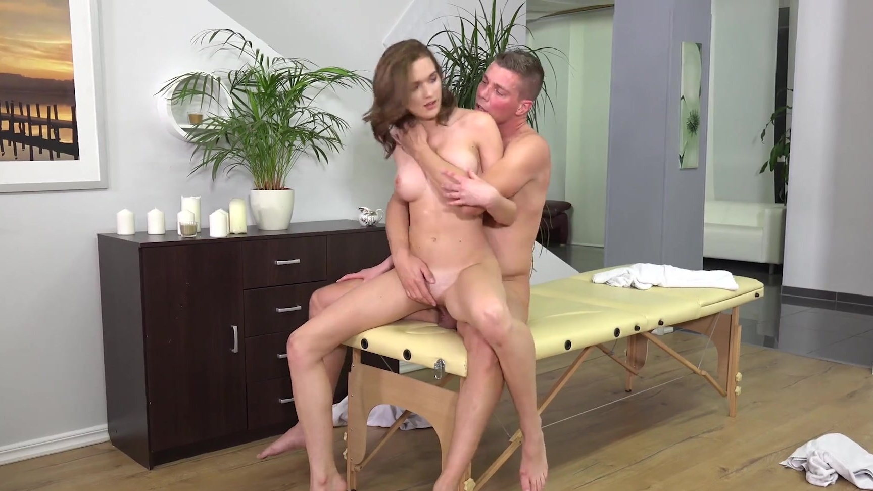 PEGGY: Massage client sucking masseuses tight pussy